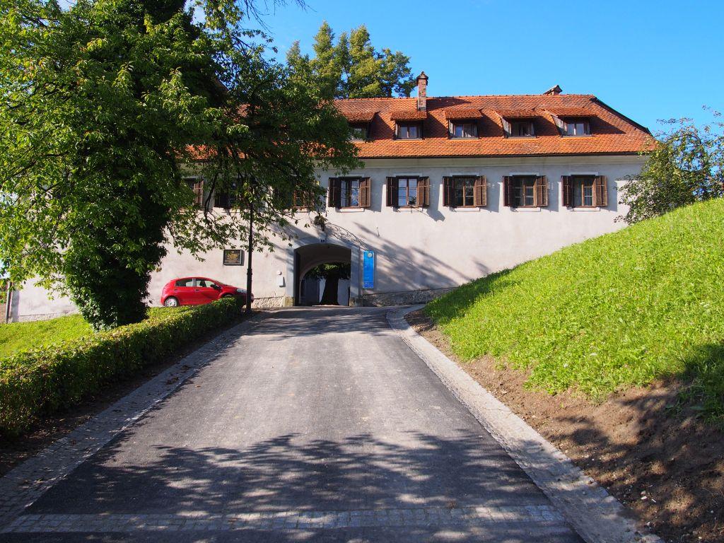Kamnik-min